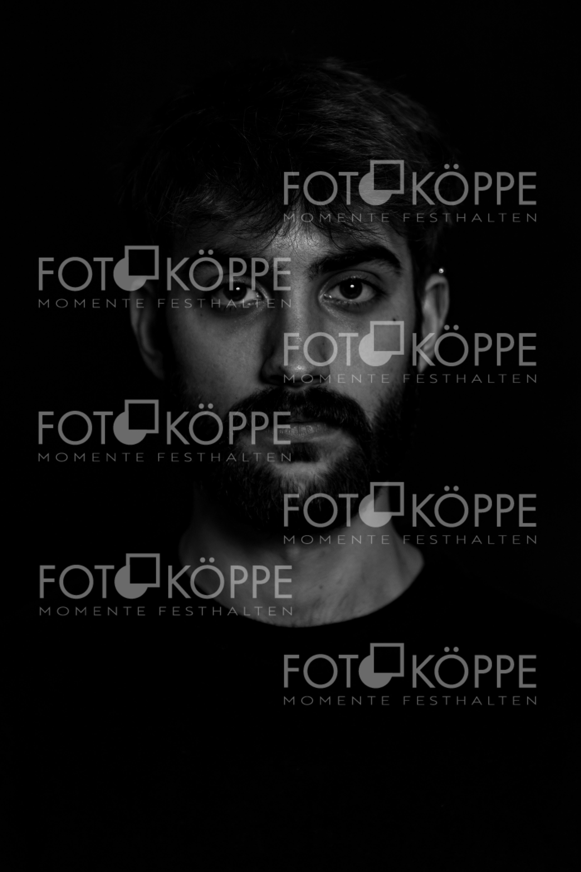 2018-11_Portrait_9305
